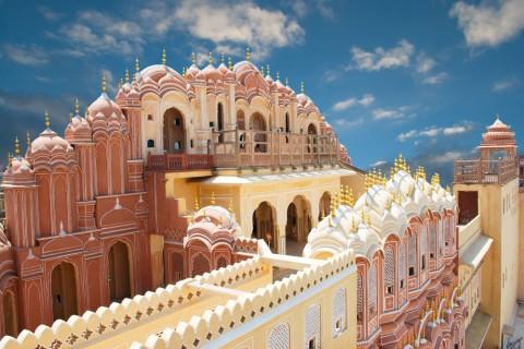Der Palast der Winde in Jaipur soll an die juwelengeschmückte Krone des Hindu-Gottes Krishna erinnern.