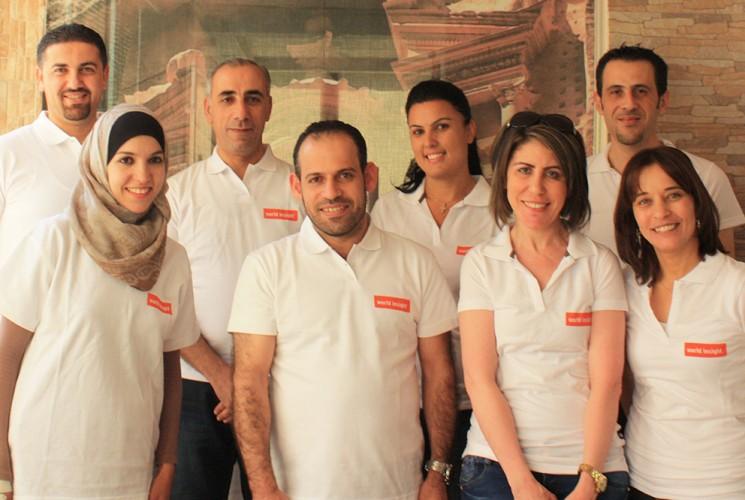 Unser Team vor Ort in Jordanien freut sich unseren Gästen ihr Land zu zeigen.