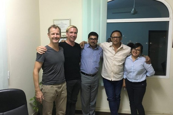 Unser Team in Muscat - Otfried, Chris, Shampu, Sanjay, Jane (v.l.n.r.)