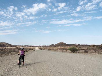 Auf dem Bike durch die Savanne