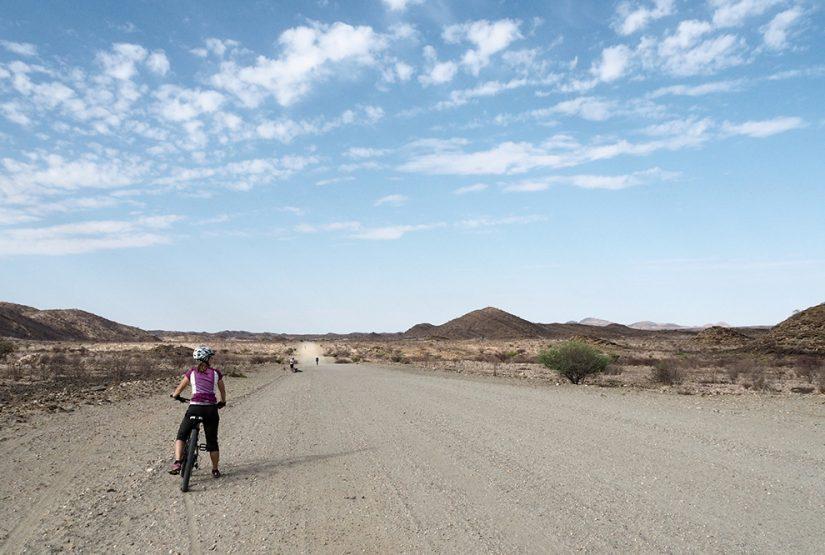 Auf dem Bike durch die Savanne » WORLD INSIGHT