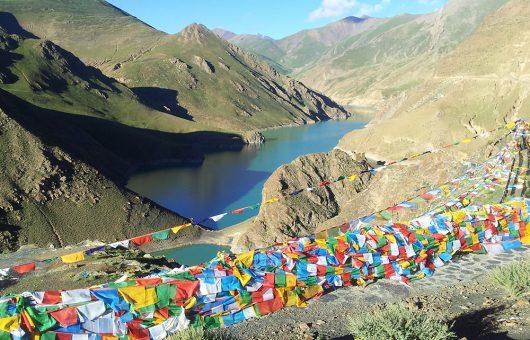 Beeindruckende Klöster und tolle Landschaften