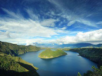 Majestätische Gipfel, indigene Völker, fantastische Tierwelt